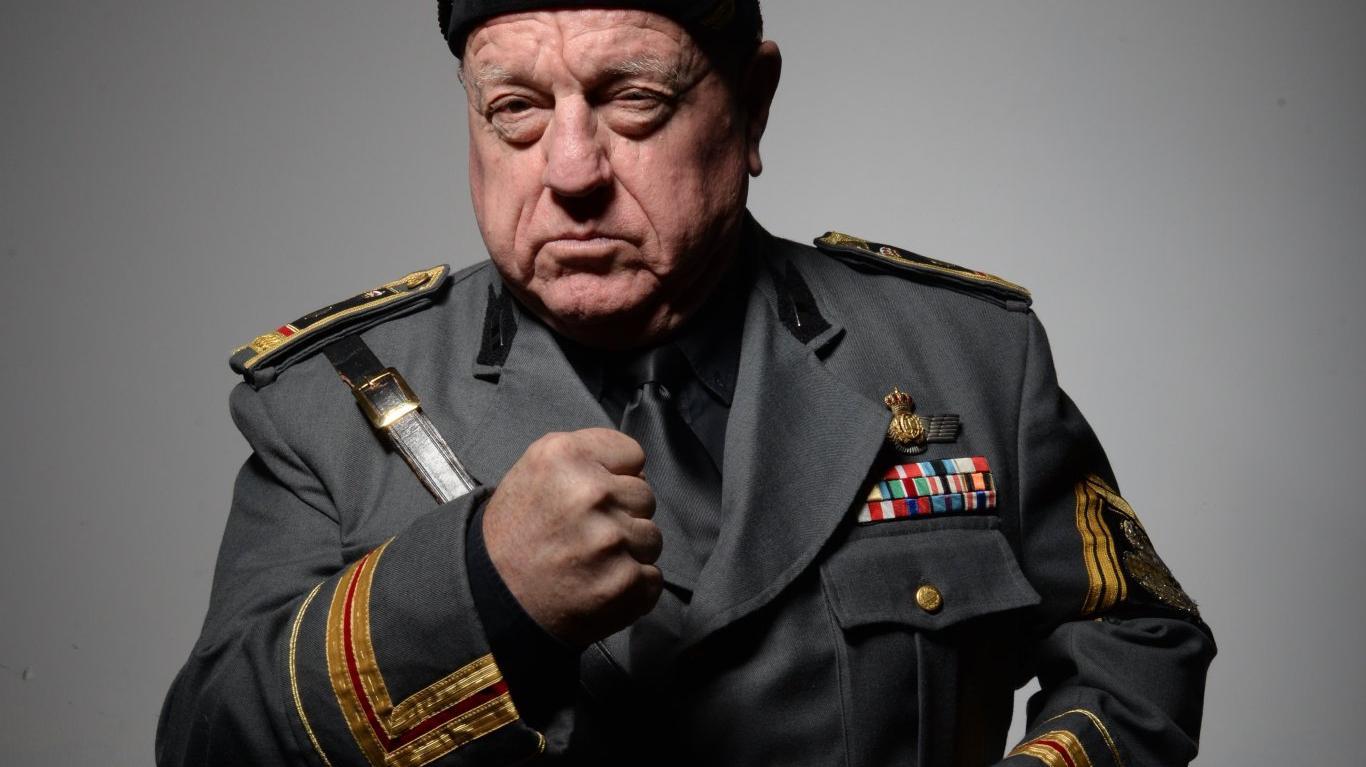 Yo Mussolini, Leo Bassi